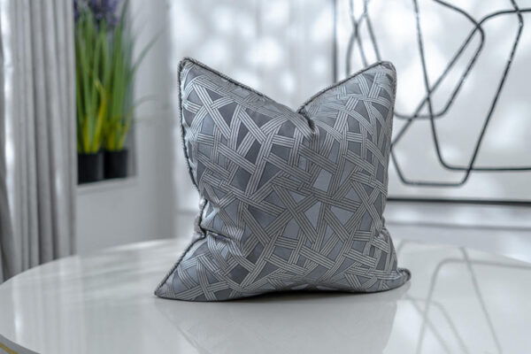 Platinum Geometric Patterned Jacquard | Grey & Black